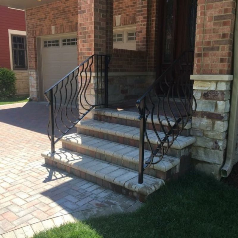 installing iron balusters
