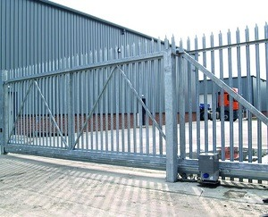 commercial fence installation chicago