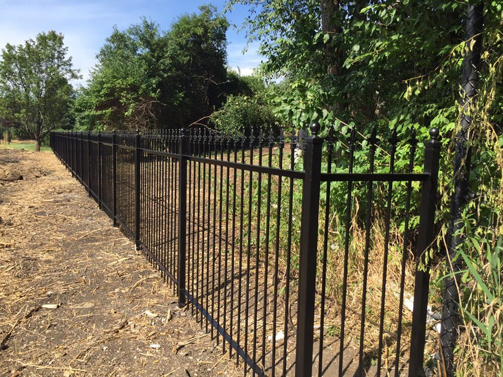 fence contractors in chicago