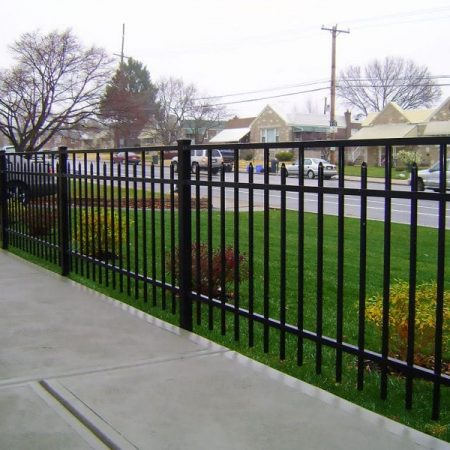 Aluminum Fence Contractor Chicago