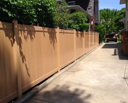 Vinyl fence in Chicago